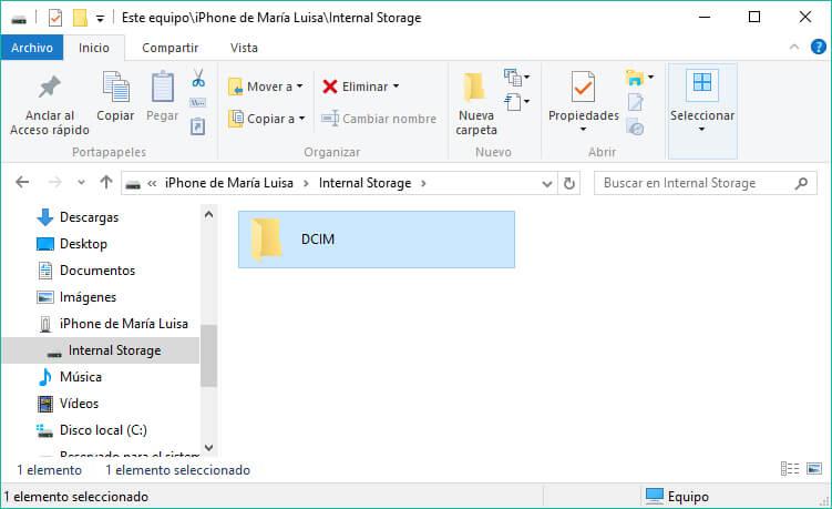 pasar fotos de iPhone a PC con Explorador de archivos